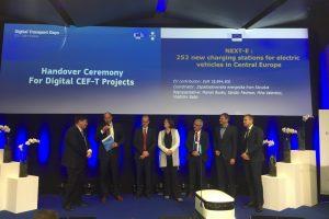 Consorţiul NEXT-E şi UE, acord de finanţare pentru 40 de staţii de încărcare rapidă a autovehiculelor electrice