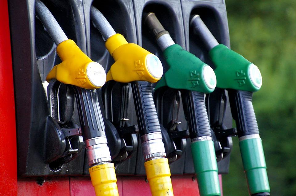 Schimbări privind vânzarea benzinei la pompă. Noi reguli de la 1 ianuarie 2019
