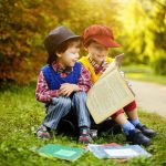 Premierul Mihai Tudose: Interesul Guvernului este să încurajăm tânăra generație să citească