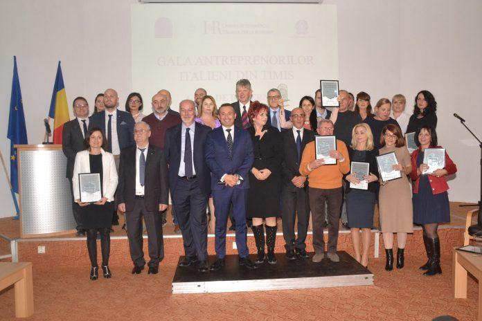 Treizeci de antreprenori italieni, premiați pentru afaceri de succes în Timiș