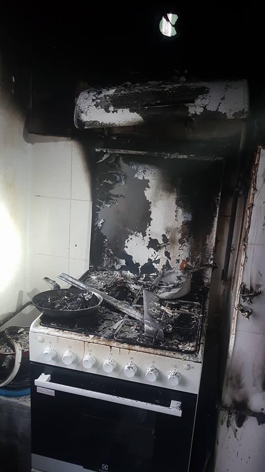 Incendiu într-un apartament. Pompierii au salvat o femeie