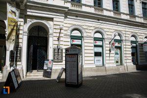 Un fost director de la Avicola, pus de primar temporar la conducerea Teatrului German