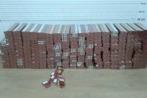 Ţigări de contrabandă în valoare de peste 70.000 euro, descoperite la Moravița