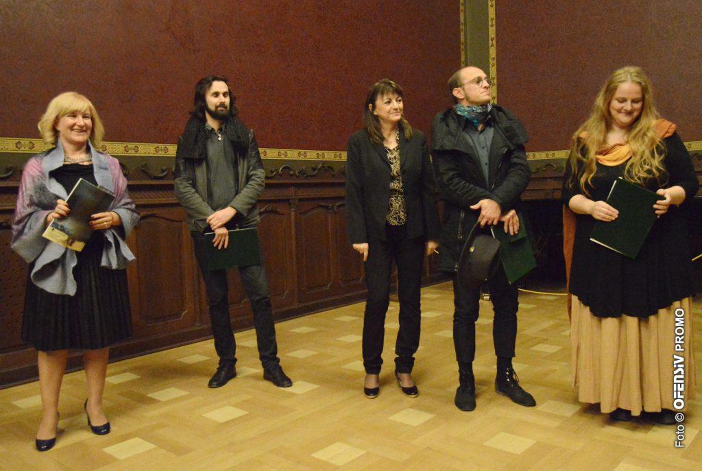 Ultramarin premiază artiștii la Salonul Artelor Vizuale