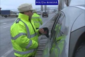 Neutilizarea centurii de siguranță le-a adus amenzi șoferilor timișeni