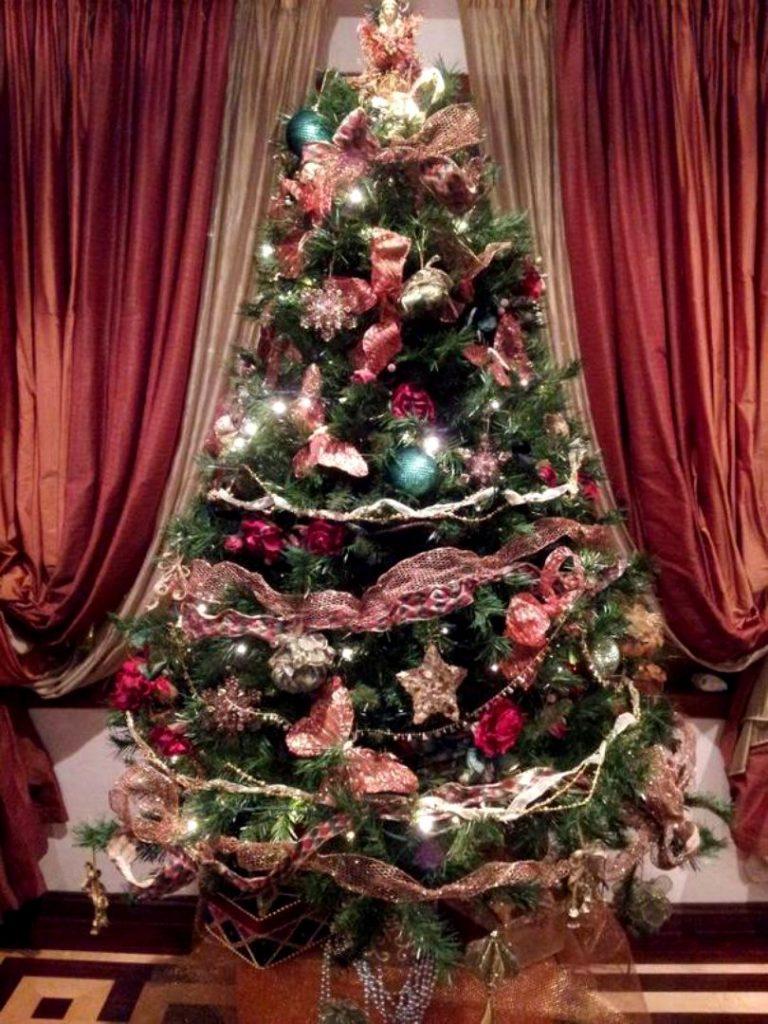 Când despodobim bradul de Crăciun. Există o dată fixă, dar nu toți românii o respectă