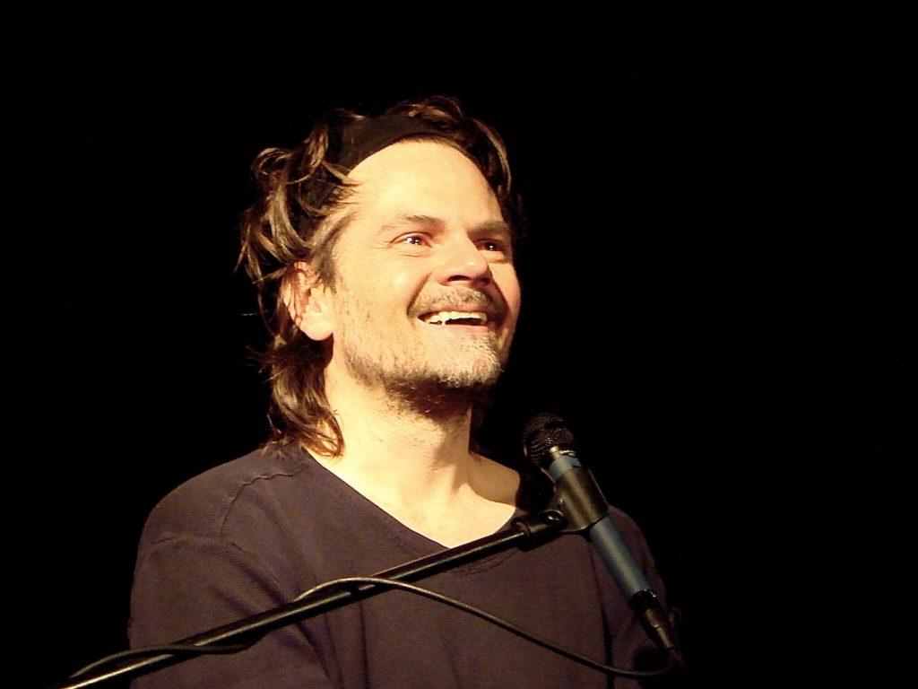 Celebrul one-man-show al lui Florin Piersic jr., Freak, pe scena Teatrului Național din Timişoara