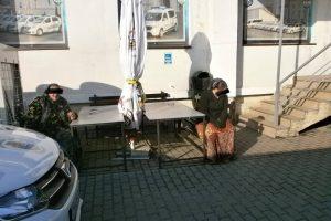Polițiști locali în control la Târgul de Crăciun, alertaţi de ţipetele unei vânzătoare. Ce s-a întâmplat
