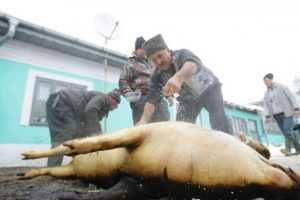 Timişorenii, sfătuiţi să nu cumpere carne de porc din locuri neautorizate