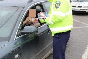 100 de amenzi pe zi de la Poliţia Rutieră în Timiş
