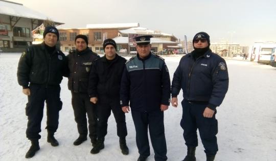 Poliţiştii români acționează împreună cu poliţiştii bulgari în staţiunea montană Bansko