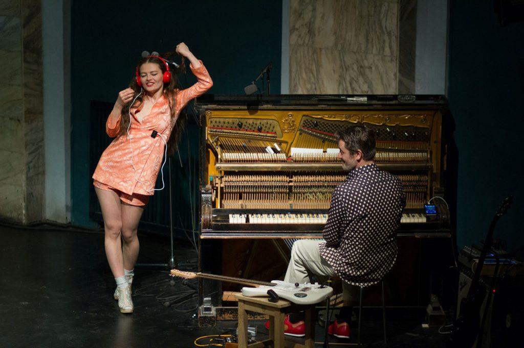 """Teatrul German de Stat, în turneu în Luxemburg și Germania cu spectacolul """"Antigona"""""""