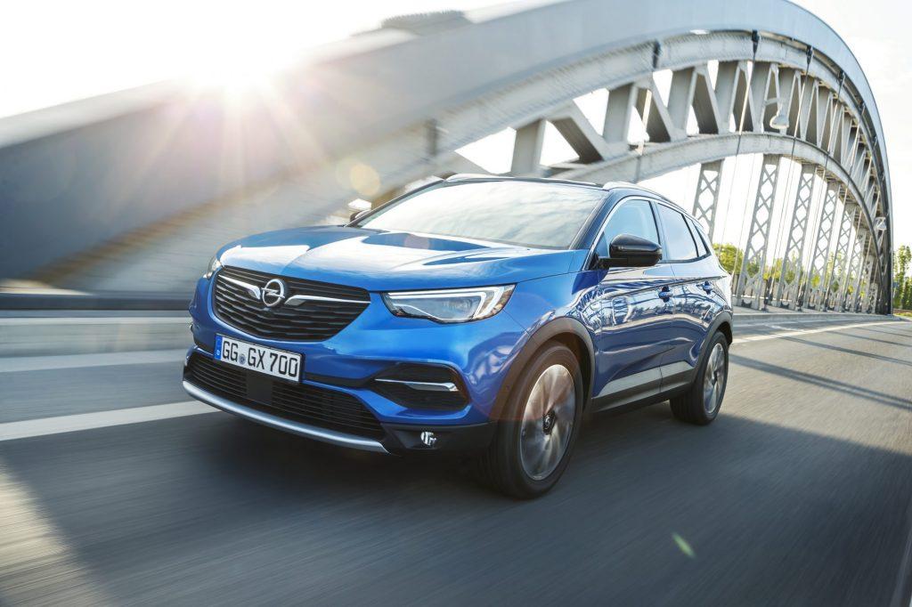 Opel, în extaz: 2017 al patrulea an consecutiv de creștere, în România