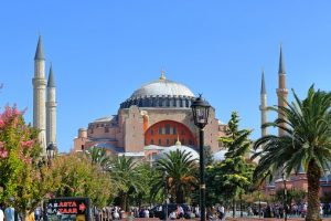 Ultramarin propune: Primăvara la Istanbul