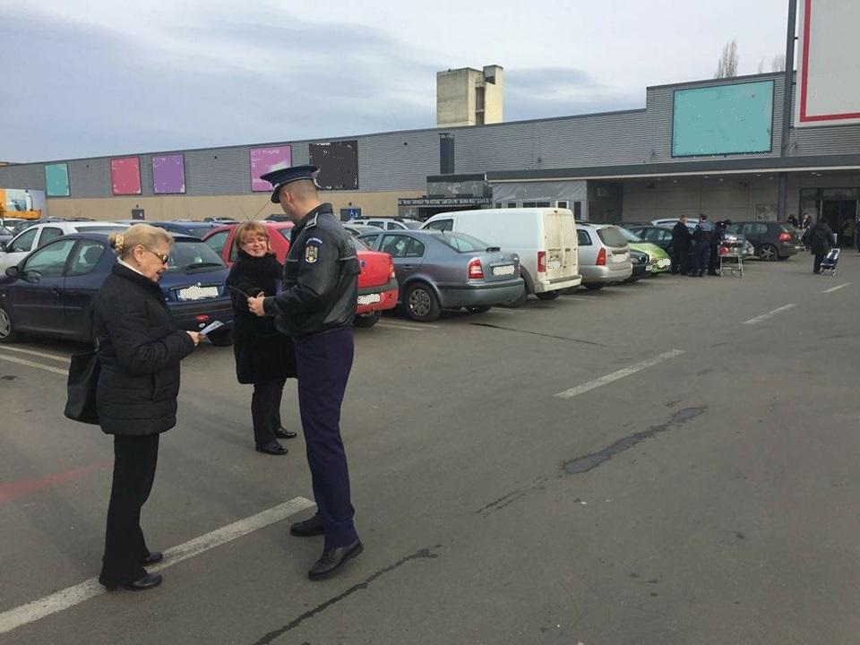 Timişorenii, avertizaţi de poliţişti cum să nu cadă pradă hoţilor din maşini