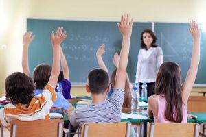 Guvernul a actualizat regimul de acordare a sporurilor pentru condiţii de muncă în învățământ