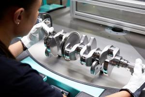 Fabrica de motoare Volvo Cars din Suedia este primul loc de producție neutru din punct de vedere climatic