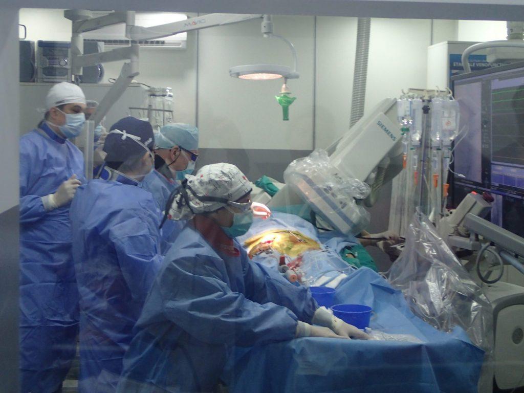Intervenție medicală rară la Institutul de Boli Cardiovasculare din Timișoara