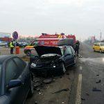 Trei maşini s-au ciocnit la Sânnicolau Mare