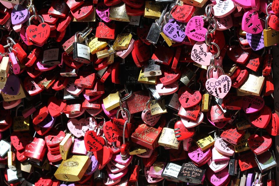 Lacăte pentru iubire, de Sfântul Valentin