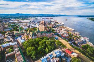 Românii caută mai multe zboruri către Canada, după ridicarea vizelor