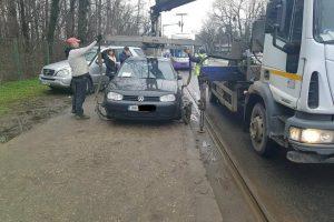 Încă trei şoferi, amendaţi zdravăn după ce au staționat pe liniile de tramvai de pe str. Gheorghe Adam