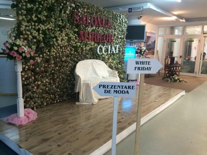 """Rochii realizate din materiale reciclabile la """"Salonul Mirilor"""". Ce surprize vă așteaptă"""
