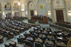 S-a votat: Vinerea Mare va fi sărbătoare legală nelucrătoare