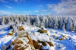 Cod Galben de ploi, vânt și ninsori, în mai multe județe. Vin ninsorile în Banat!