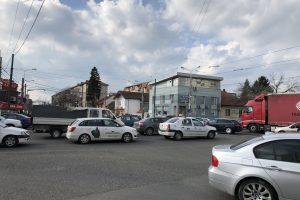 """Foto: Alimentarea """"inteligenței"""" semafoarelor din Timișoara a eșuat! Haos în trafic!"""