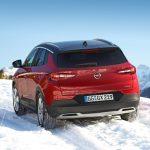 IntelliGrip: tracțiune optimă în orice moment pentru Opel Grandland X