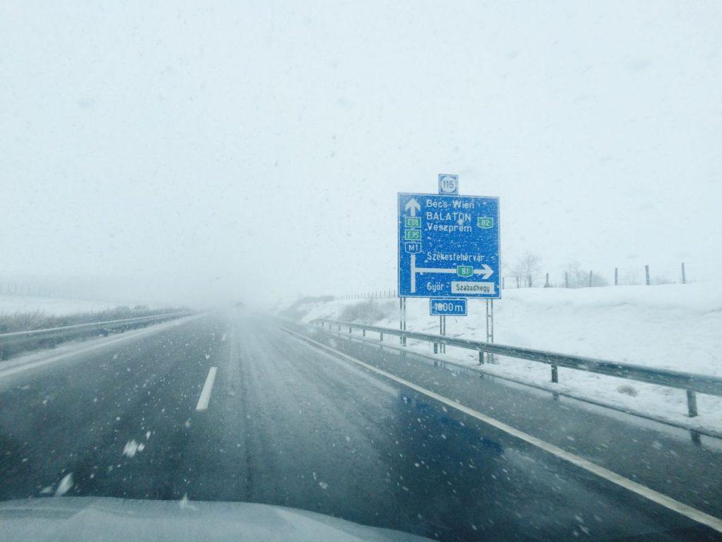 Cod roşu de ninsori în Ungaria. MAE a emis atenţionare de călătorie în ţara vecină