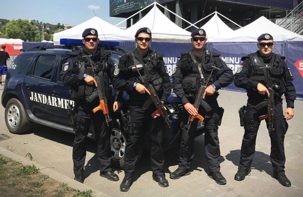 Jandarmii Grupării Mobile Timișoara, angrenați în misiuni, la sfârșit de săptămână