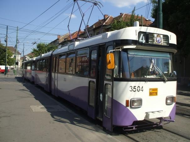 """Hoaţă prinsă când """"acţiona"""" în tramvaiul 4"""