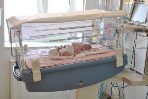 DSP controlează maternităţile, secţiile de neonatologie şi obstetrică-ginecologie