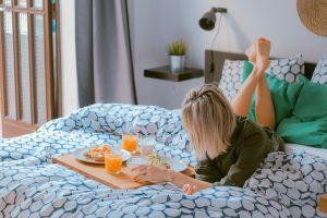 Cine o să mai spună că suntem leneşi? Studiu: românii sunt cei mai energici europeni la primele ore ale zilei