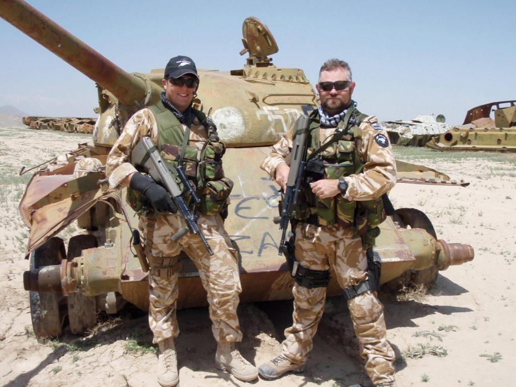 Opt soldați români, răniți într-un atentat sinucigaș în Afganistan