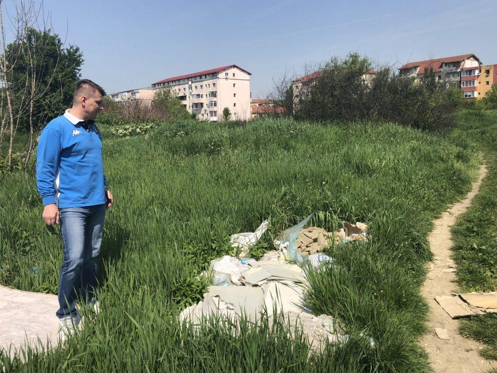 """Ovidiu Sîrbu: """"Robu ar trebui să  fie preocupat de curățarea terenurilor ce aparțin primăriei în loc să trimită timișorenii să plece în alte orașe"""""""