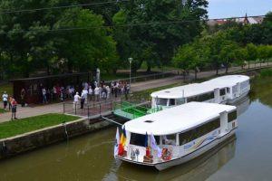 Ne plimbăm cu vaporașele pe Bega, de Ziua Timișoarei