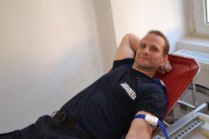 O şansă pentru viaţă. Acțiune de donare de sânge a jandarmilor timișeni
