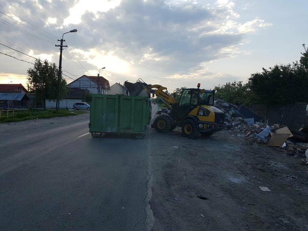 O stradă din Timișoara, igienizată la solicitarea Poliției Locale
