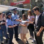 Timişorenii, sfătuiţi de poliţişti cum să nu cadă victime hoţilor. Ce recomandări au oamenii legii