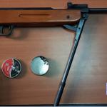 Descindere în Sânnicolau Mare. Ce au găsit poliţiştii acasă la doi bărbaţi
