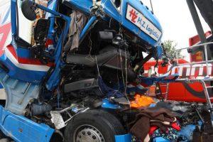 Doi şoferi români de TIR au murit într-un groaznic accident pe o autostradă din Austria