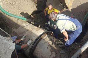 Lucrări de spălare ale rezervorului de înmagazinare a apei din Săcălaz