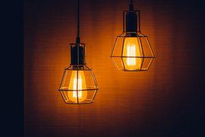 Energia electrică, mai ieftină cu 3,5%