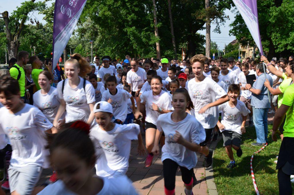 Peste 250 de participanți s-au aliniat la startul Crosului Olimpic de la Timișoara