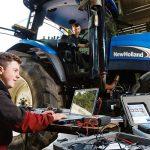 Înscrierea elevilor la cursul de mecanic agricol, un real succes