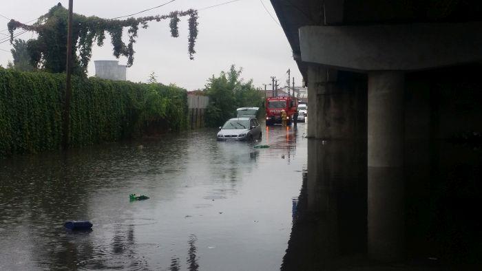 Cât va investi Aquatim pentru ca zona de sub podul din Calea Șagului să nu mai fie inundată