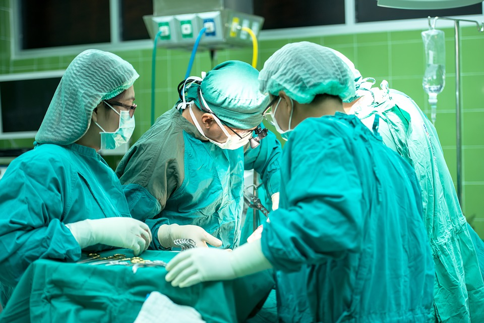Operaţie în premieră naţională la Spitalul Judeţean din Timişoara
